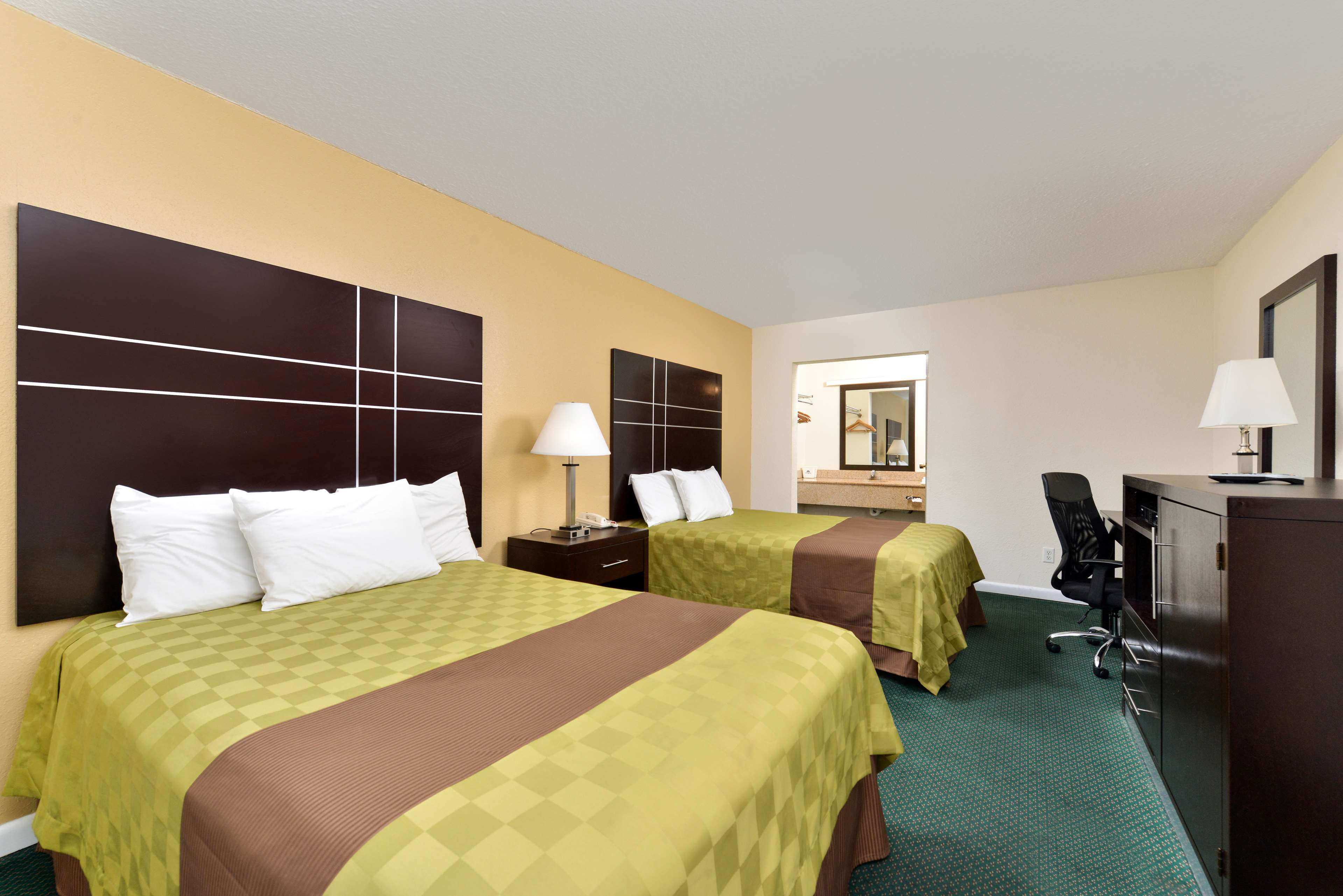 Americas Best Value Inn Port Jefferson Station Long Island | Red Lion Hotels